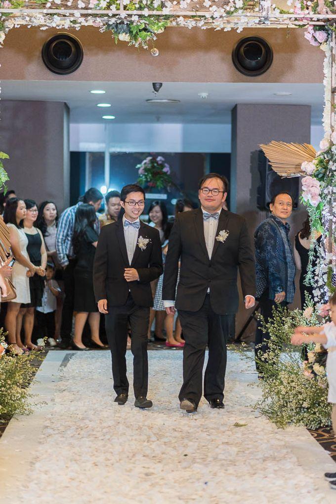 Liputan pernikahan Hendri dan Vania by Weddingscape - 035