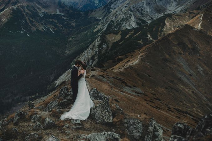 Wedding Shooting in High Mountains by Fotomagoria - 011