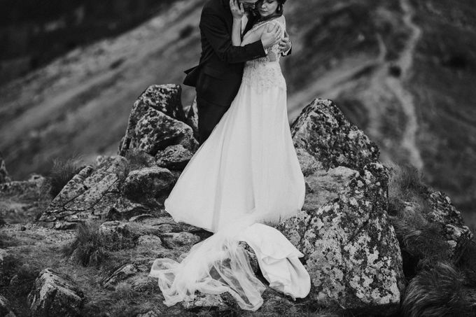 Wedding Shooting in High Mountains by Fotomagoria - 012
