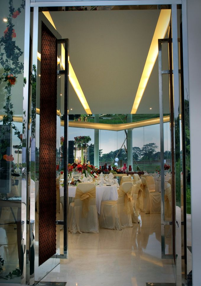 Wedding at On Green by Raffles Hills Cibubur - On Green Garden Venue - 009