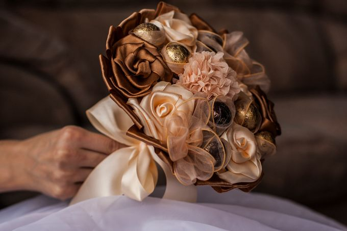 Chocolate Bridal Brooch Bouquet by Marini Bouquets - 001