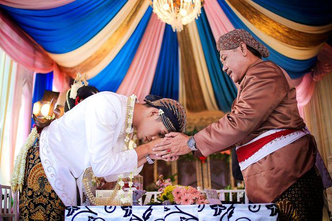 Ayik & Yudha Wedding by Faust Photography - 021