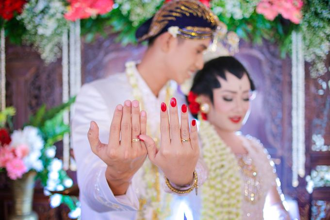 Ayik & Yudha Wedding by Faust Photography - 024