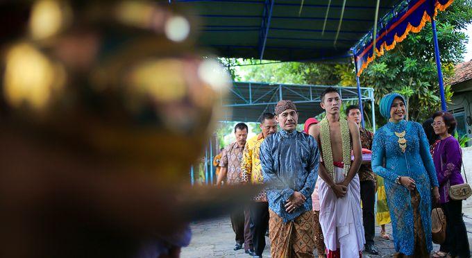 Ayik & Yudha Wedding by Faust Photography - 009