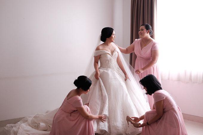 Adri & Teresia Wedding by deVOWed Wedding & Event Planner - 002