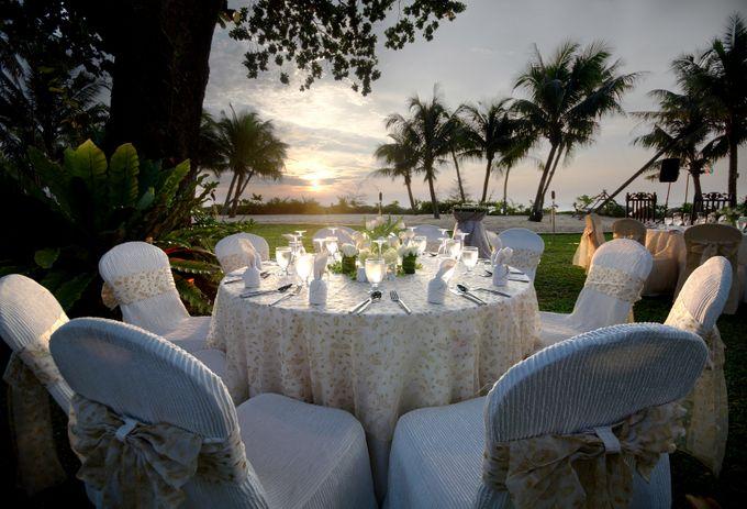 Wedding by the Beach by Shangri-La Rasa Sayang Resort - 003