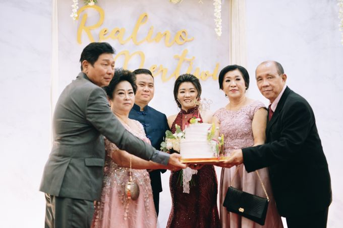 ENGAGEMENT REALINO & PERTIWI by lovre pictures - 027