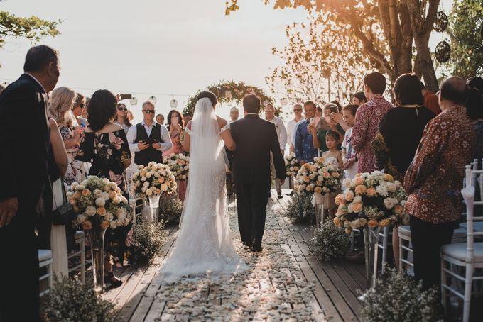 Wedding Ceremony Beach Front by Bali Izatta Wedding Planner & Wedding Florist Decorator - 005