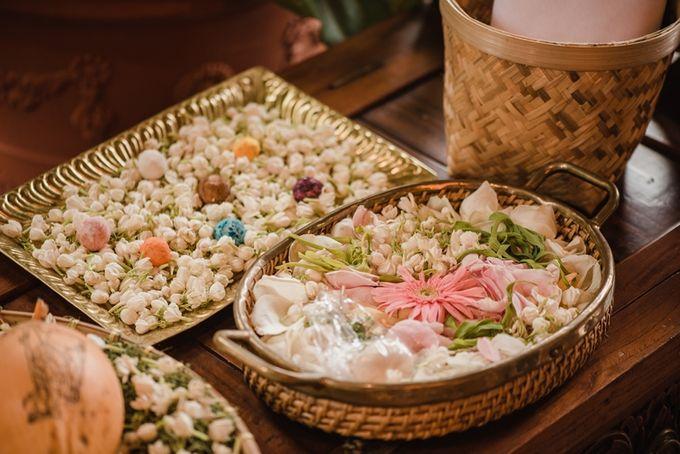 JAVANESE TRADITIONAL TINGKEBAN by Bali Izatta Wedding Planner & Wedding Florist Decorator - 003