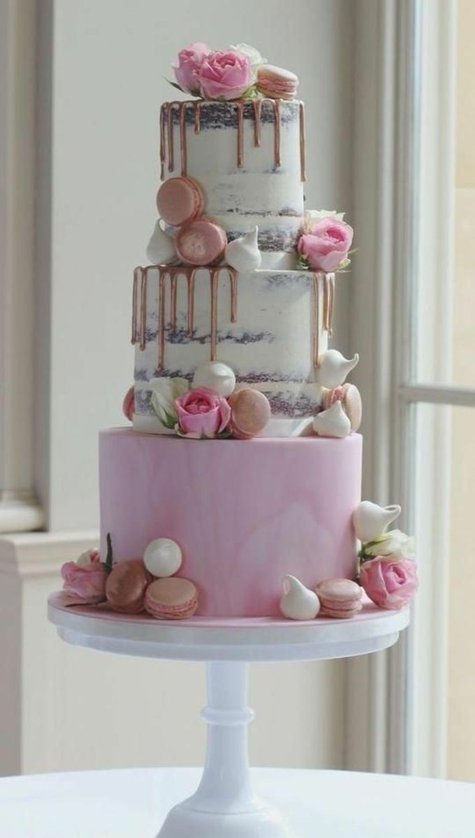 Tiers Cake by FIOR FIORE Patisserie - 003