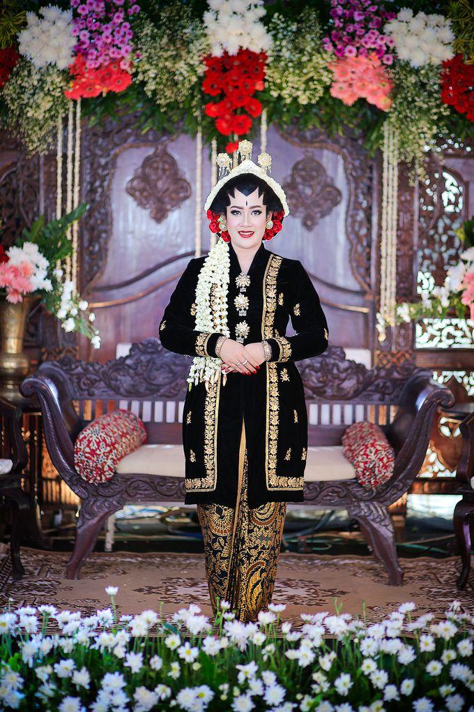 Ayik & Yudha Wedding by Faust Photography - 029