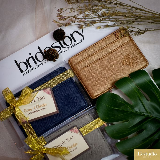 Favor & Gifts: Card Holder & Pouches by L'estudio - 007