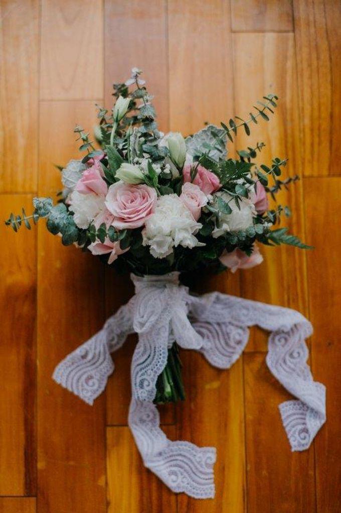 The Wedding of Larrie & Vivienne by BDD Weddings Indonesia - 003