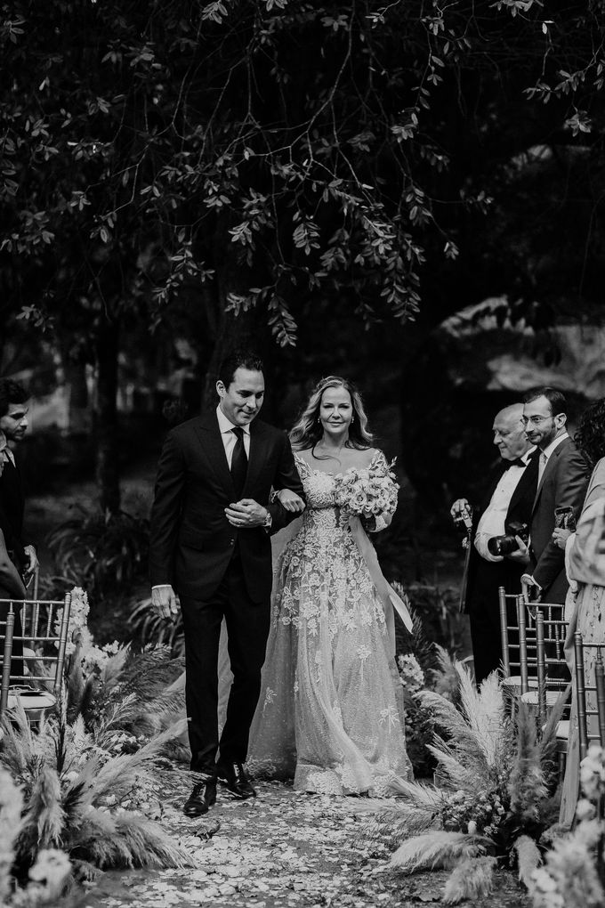 Summer & Pedro Castle Wedding by Fashion Moments Eventos - 010