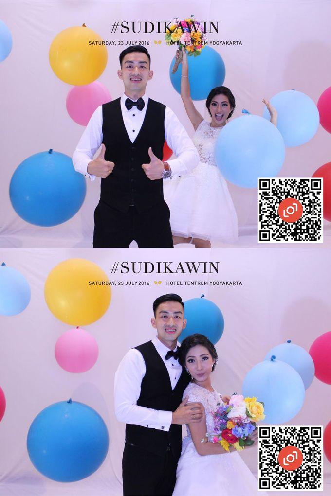 Wedding of Suryo & Dina by lolphotobooth.co - 011