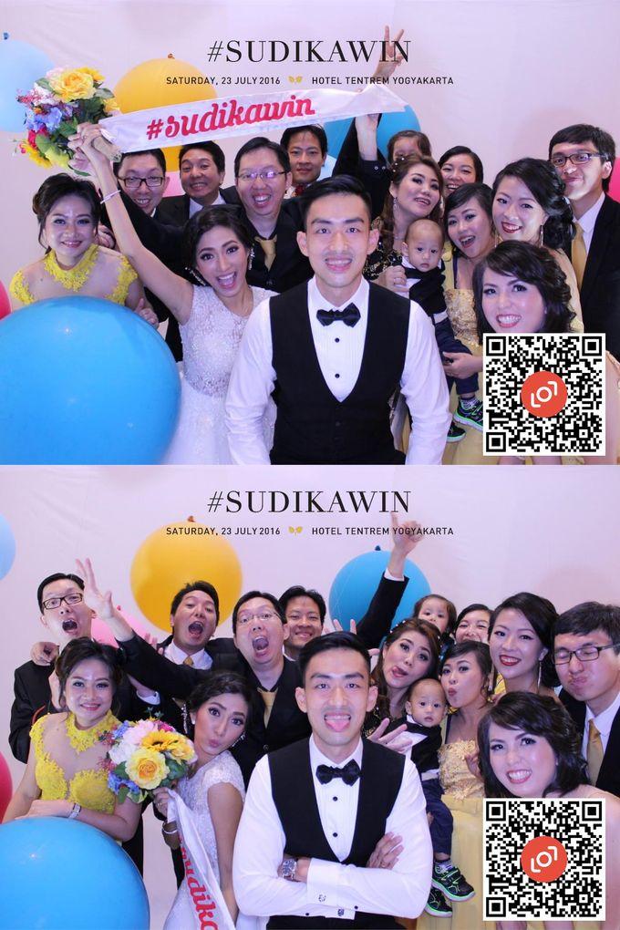 Wedding of Suryo & Dina by lolphotobooth.co - 013