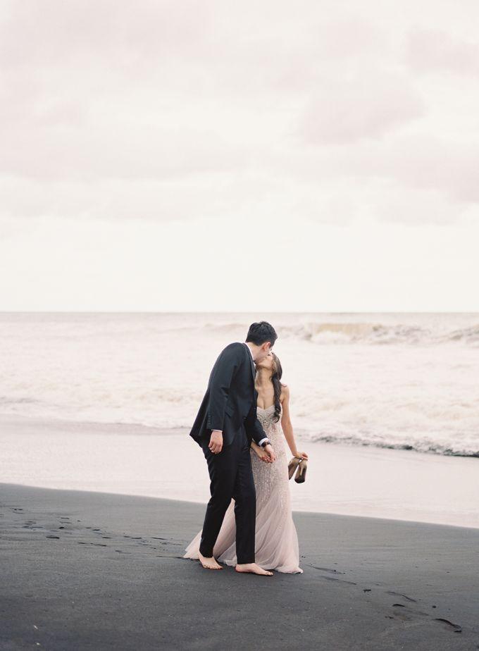 Matthew & Michelle Engagement by Arta Photo - 005