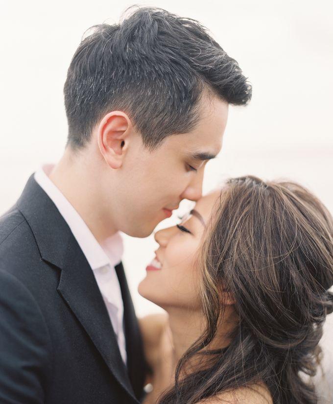 Matthew & Michelle Engagement by Arta Photo - 004