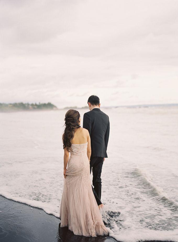 Matthew & Michelle Engagement by Arta Photo - 007