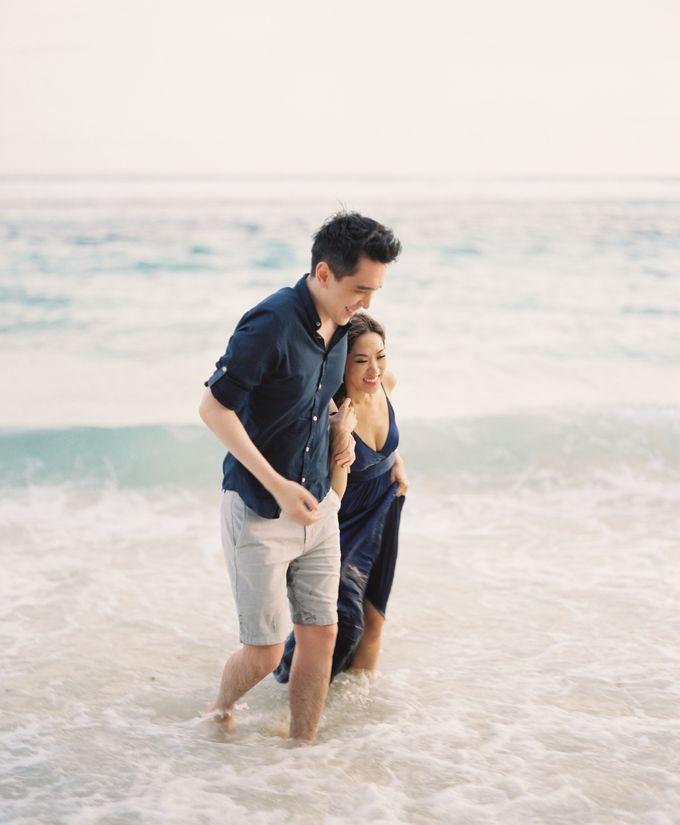 Matthew & Michelle Engagement by Arta Photo - 031