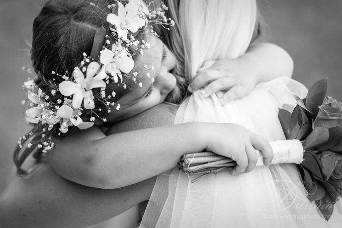 Tracey and Steve Wedding Day at The Istana Uluwatu by D'studio Photography Bali - 022