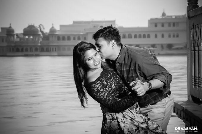 Jinal And Dharmesh by Devasyah: Studios - 003