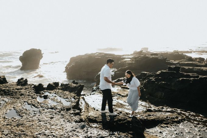 The Prewedding Of Andrew & Dinar by alienco photography - 004