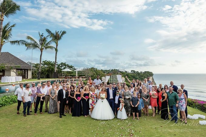 Tracey and Steve Wedding Day at The Istana Uluwatu by D'studio Photography Bali - 023