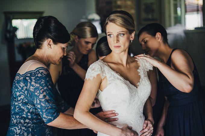 Hannah and James Wedding by iZO Photography - 028