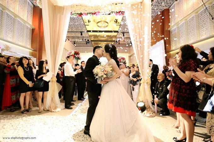 THE WEDDING OF RICHARD & LYDIA by Cynthia Kusuma - 047
