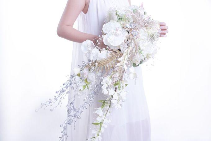 Luxurious Bouquet by LUX floral design - 020