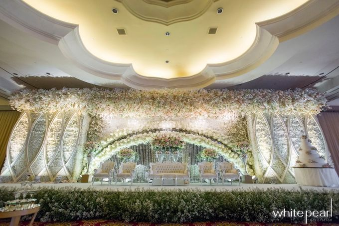 The Ritz Carlton Mega Kuningan 2018 05 26 by White Pearl Decoration - 003