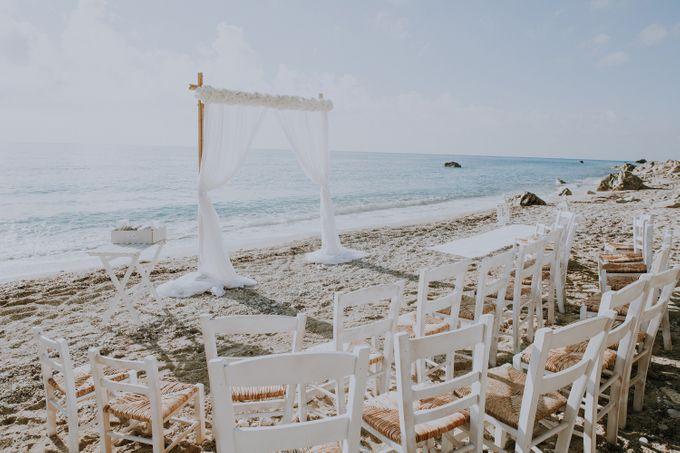 Glamorous destination beach wedding in Lefkada by Your Lefkada Wedding - 031