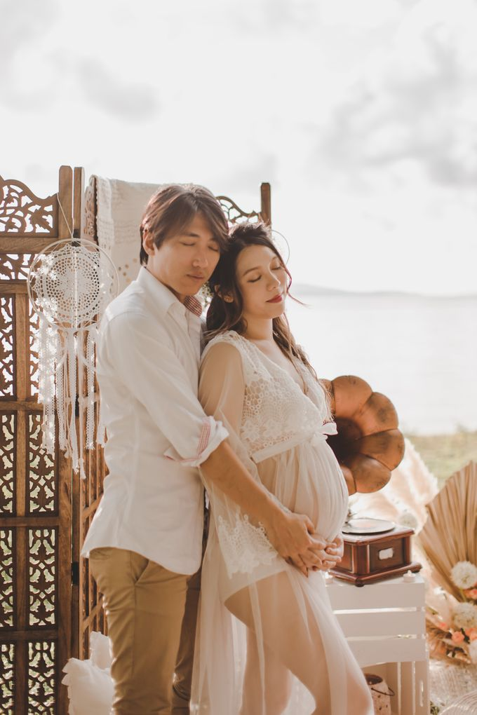 Bohemian Beach Picnic Styled Shoot by Whimsey June - 002