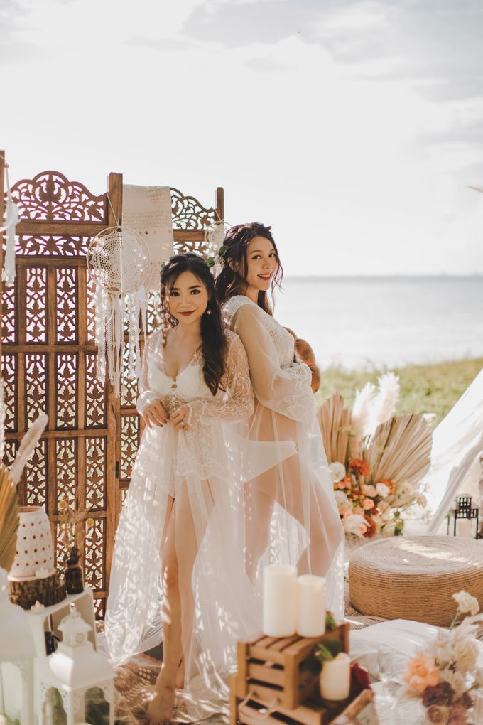 Bohemian Beach Picnic Styled Shoot by Whimsey June - 006