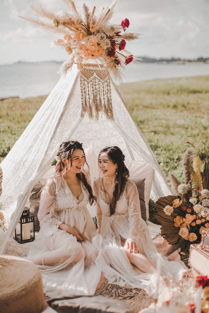 Bohemian Beach Picnic Styled Shoot by Whimsey June - 009