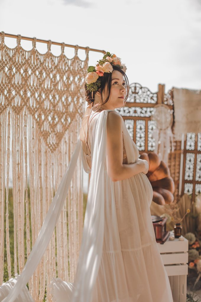 Bohemian Beach Picnic Styled Shoot by Whimsey June - 016