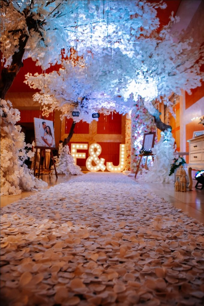 Wedding at Mulia Bali by d'Oasis Florist & Decoration - 020