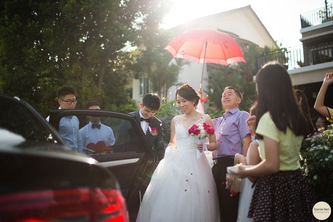 Kay Wee & Jiali wedding day in Swissotel Merchant Court by Daniel Beh Photography - 006