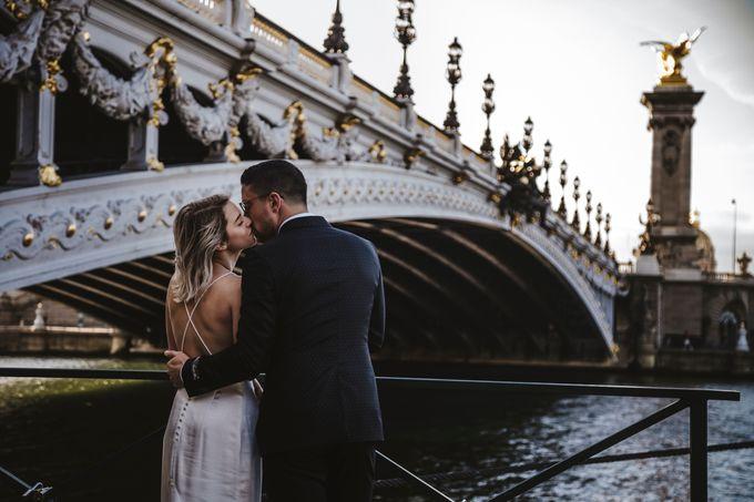 Paris Engagement Photoshoot  -  Fevrier Photography by Février Photography   Paris Photographer - 006