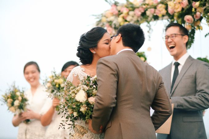 Mixed Culture Wedding Ever at huahin Thailand by Kanvela - 005