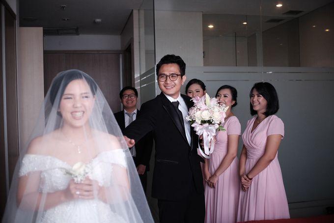 Adri & Teresia Wedding by deVOWed Wedding & Event Planner - 006
