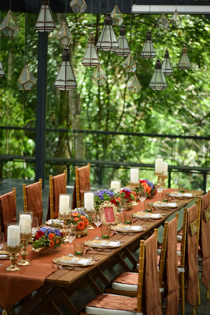 Minangkabau Traditional wedding set up at The Glass House by Tirtha Bridal - 006