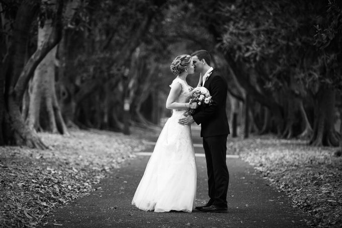 Sam & Louise, The Willows,  Melbourne, Australia by Tim Gerard Barker Wedding Photography & Film - 011