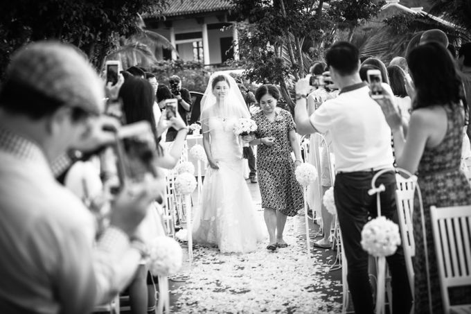 Agnes & Andy, INTERCONTINENTAL DANANG, VIETNAM by Tim Gerard Barker Wedding Photography & Film - 009