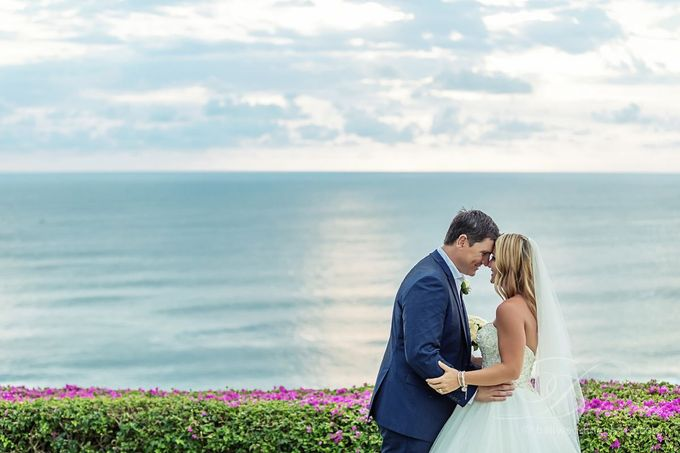 Tracey and Steve Wedding Day at The Istana Uluwatu by D'studio Photography Bali - 026