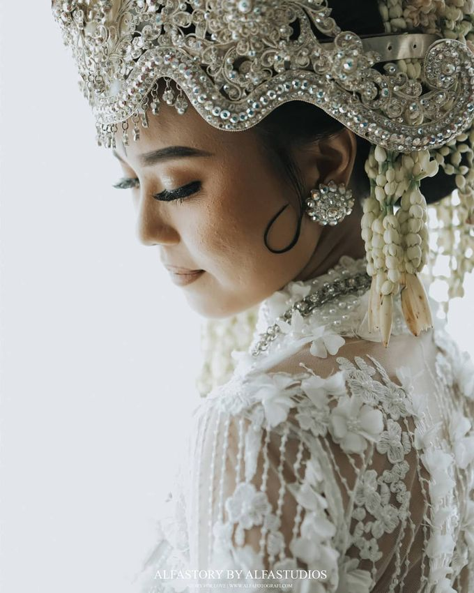 The Wedding Of Tantri & Agung by Kawaninaproject - 002