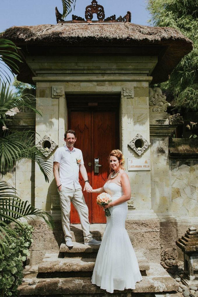 Romantic beach front wedding of Allan & Emma by Ario Narendro Photoworks - 033