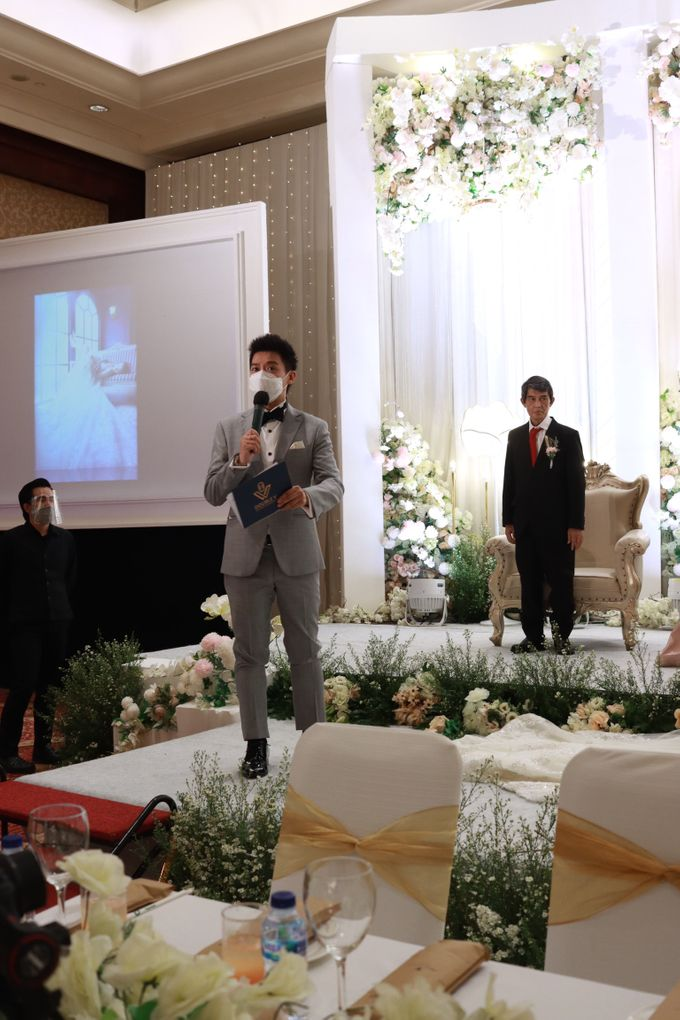 Entertainment Jazz Wedding JW Marriott Jakarta - Double V Entertainment by EIFFEL CAKE - 027