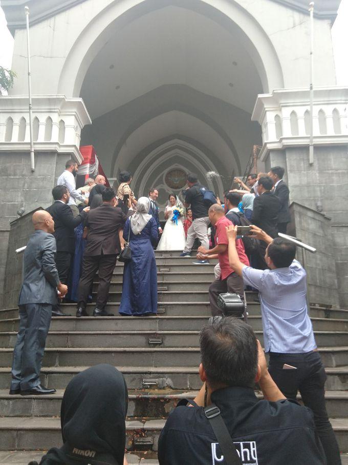Andrea & Fransisca Wedding by deVOWed Wedding & Event Planner - 007